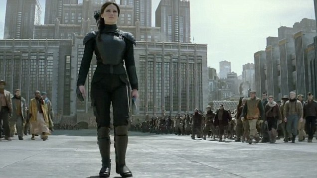 4. Hunger Games - Mockingjay Part 2 Episode 4 The Finale If you split a novel into two films you need to ensure each part still contains all the elements of a stand alone story. Hunger Games falls down for more reasons than just its stunted plot, but there was always going to be fatigue and cynicism attached to the fatigue despite the franchise being a massive success. Jennifer Lawrence is a talented actress, she has shown time and time again she can be engaging, dramatic and hilarious but here she is dragged into melodrama by a script and direction that lacked the vitality of Catching Fire. There was more laughter in the crowd than anything when I endured the film and the few salutes thrown up by diehards in unison with the movie felt more in solidarity, like the band playing as the Titanic went down, than in actual jubilation. A stink pile that hurts the entire series.