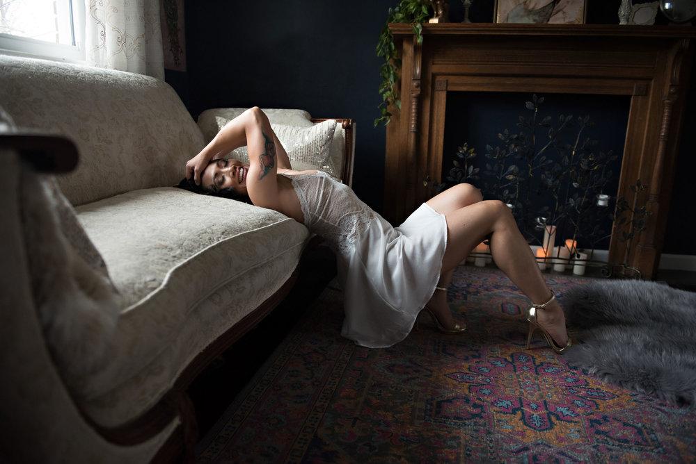 asian-woman-boudoir-photo.jpg