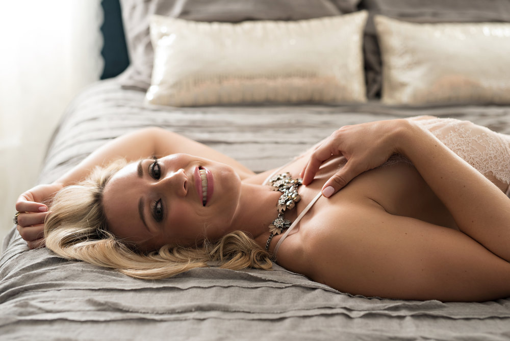 blonde boudoir photo