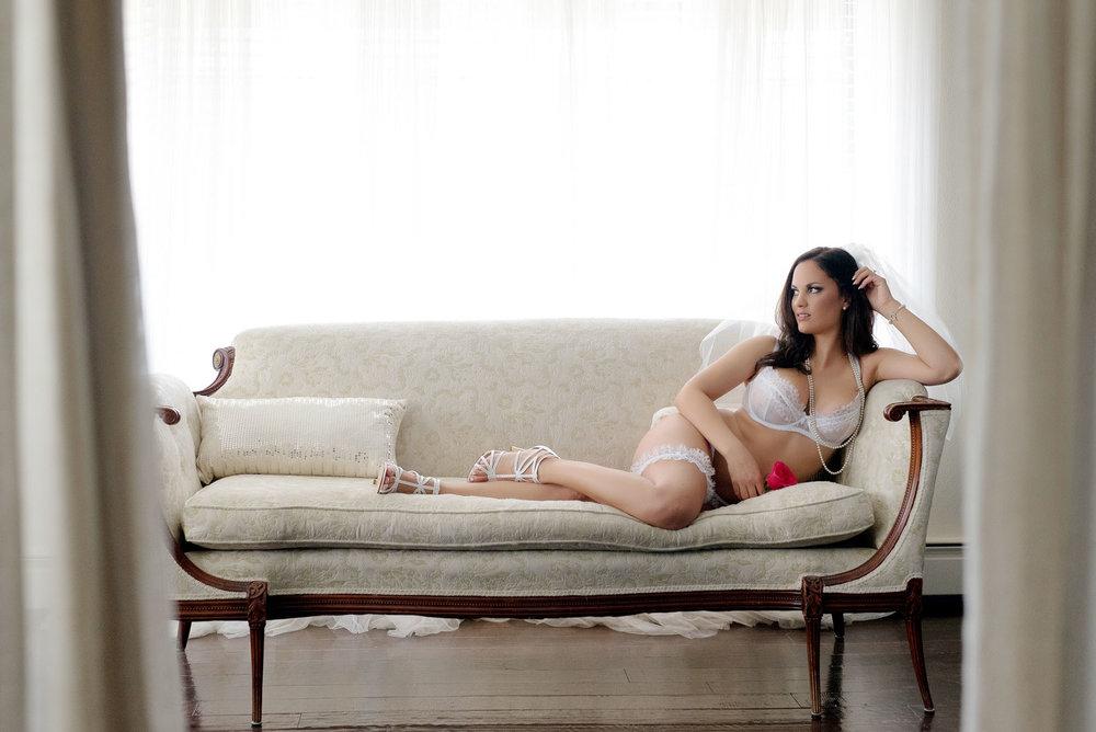 bridal-boudoir-photo-9.jpg