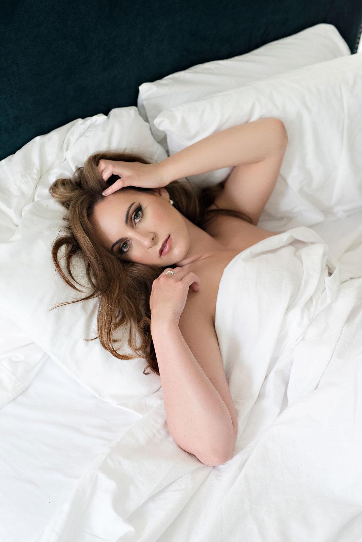 white-sheet-boudoir-8.jpg
