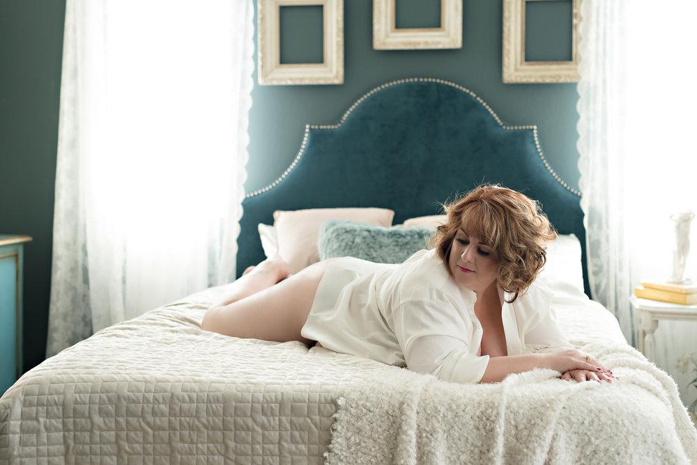 plus-size-curvy-boudoir-7.jpg