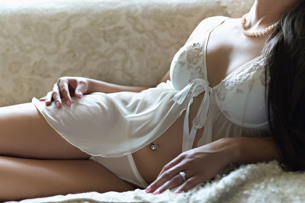 Simple bridal boudoir with belly button piercing