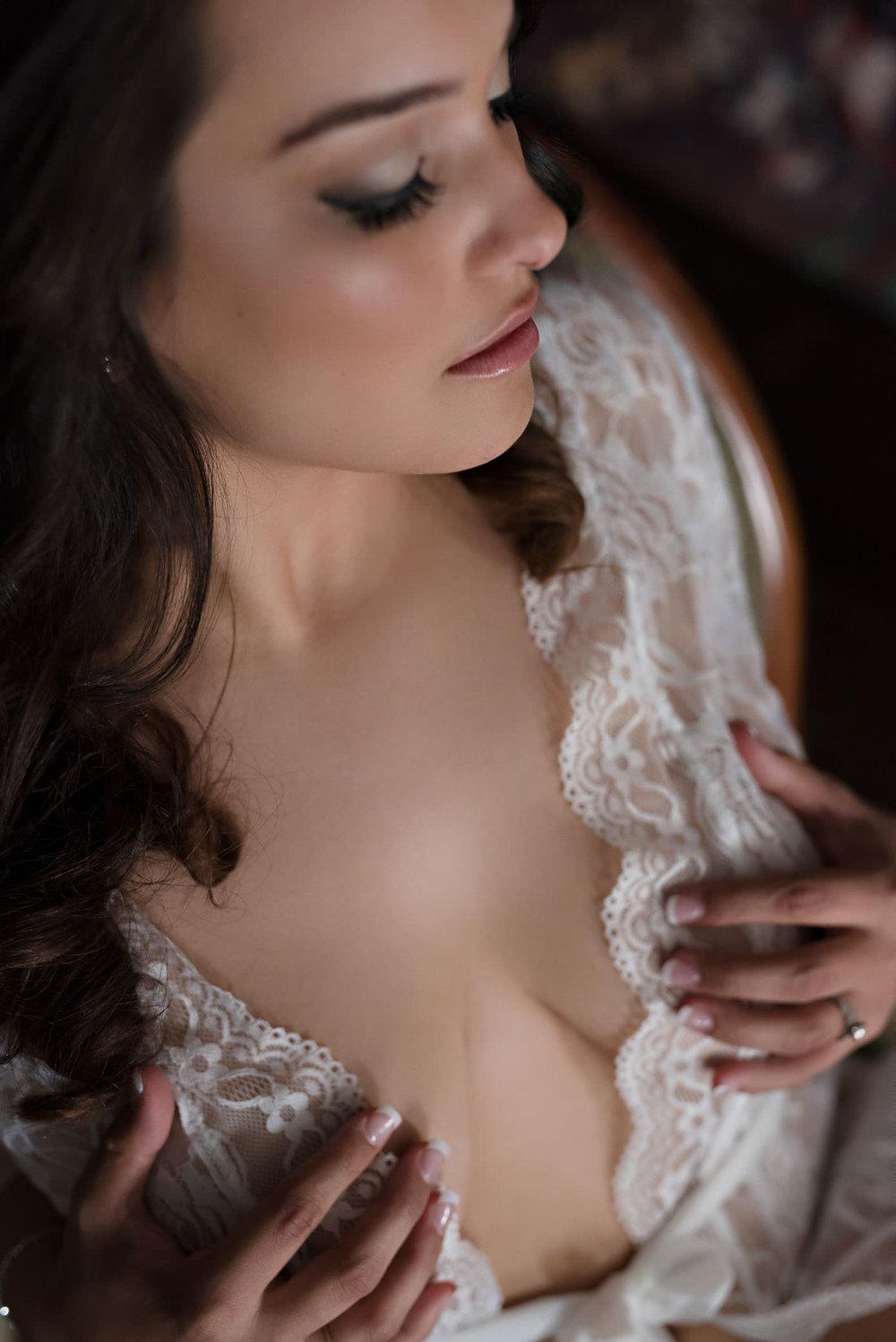 fine-art-boudoir-bride.jpg