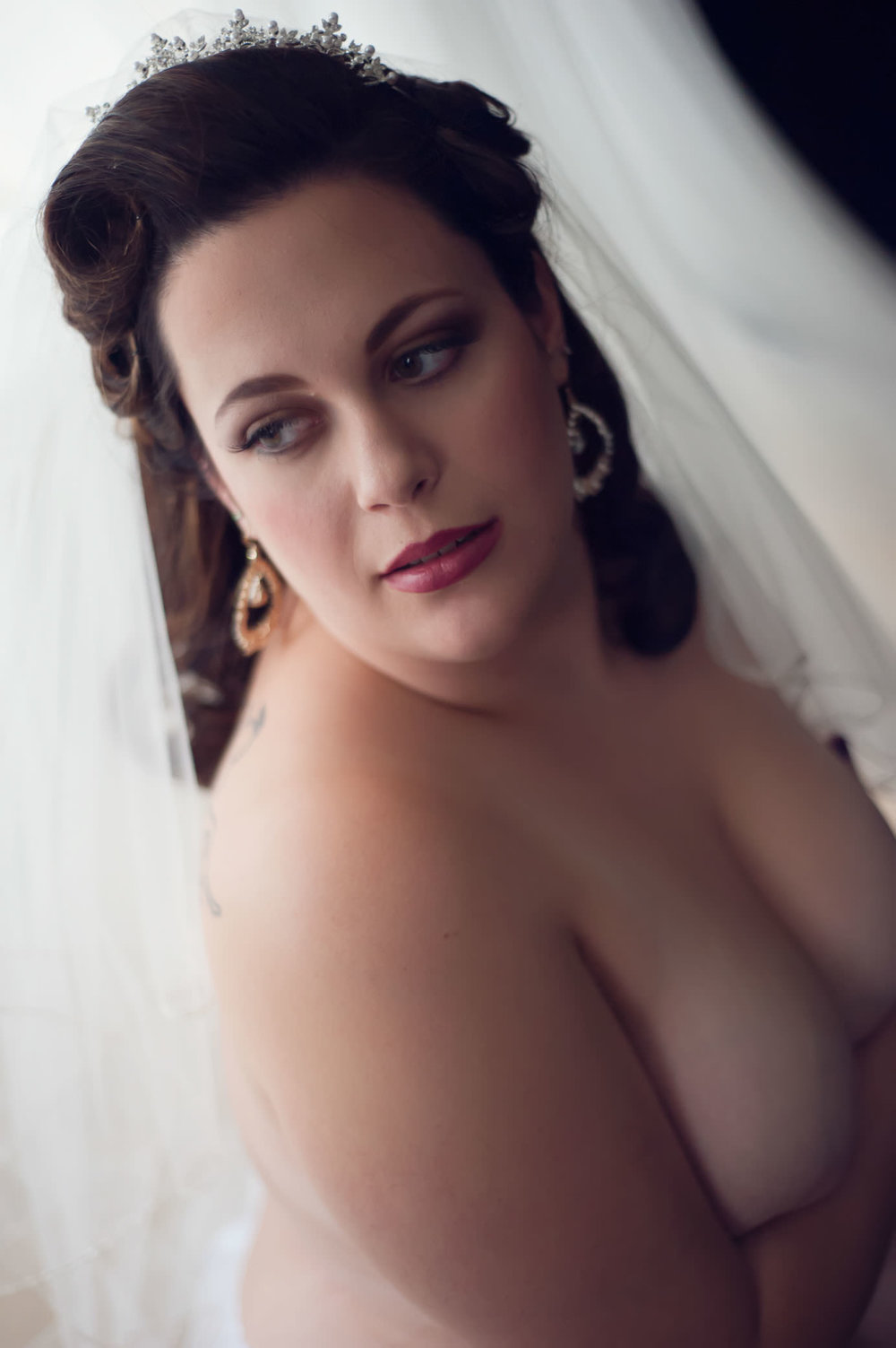 plus-size-bride-boudoir.jpg