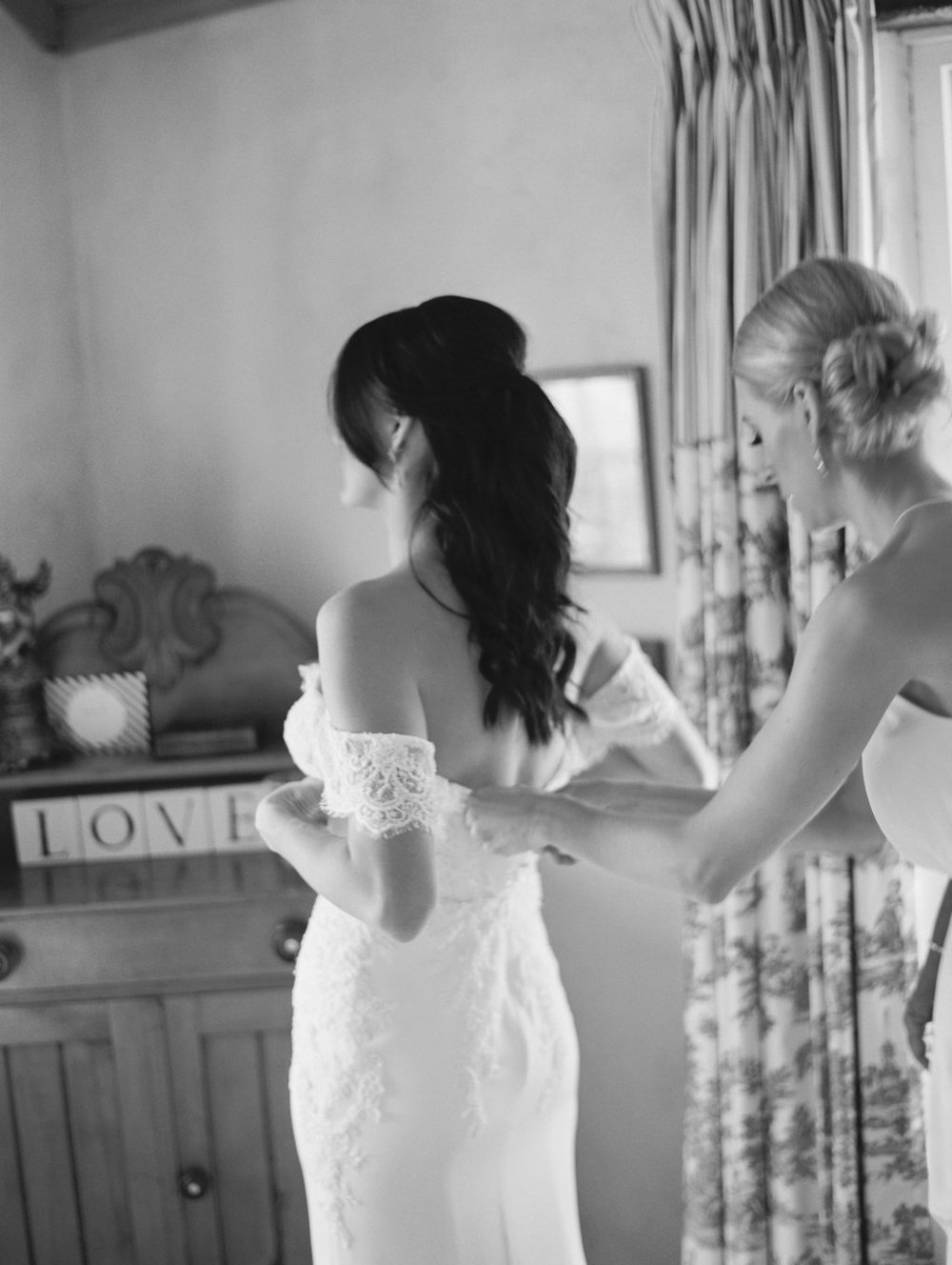 On the blog today... Real Bride Lauren in custom Prea James Bridal wedding gown. Captured by Bentinmarcs photography