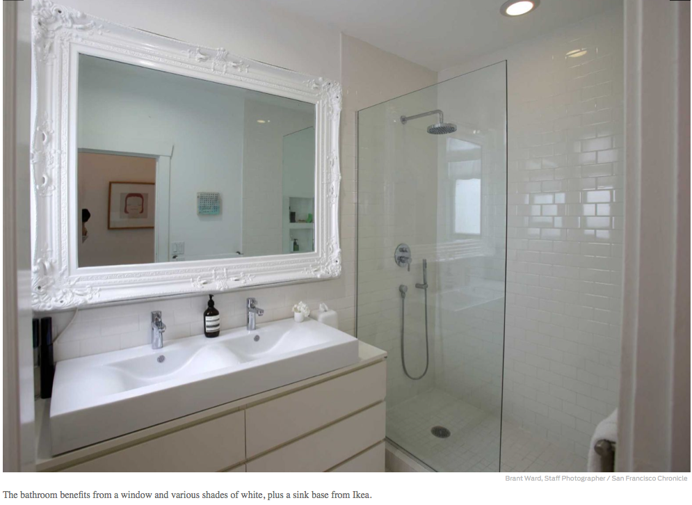 http://www.sfchronicle.com/homeandgarden/article/Tina-Frey-sees-the-light-it-s-all-white-at-5781232.php#/8