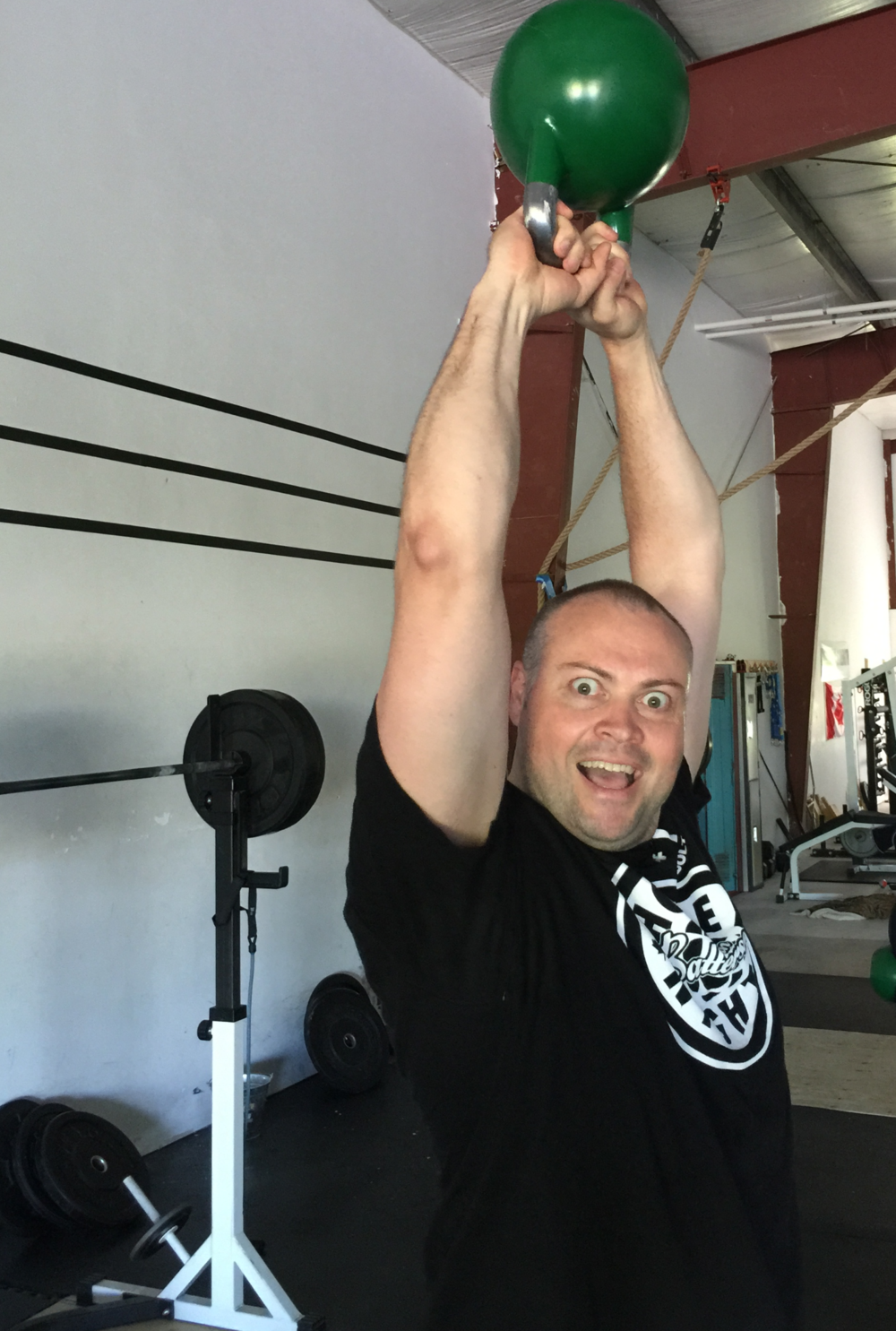 gym-fitness-training-kingston-craig-kettlebell swing