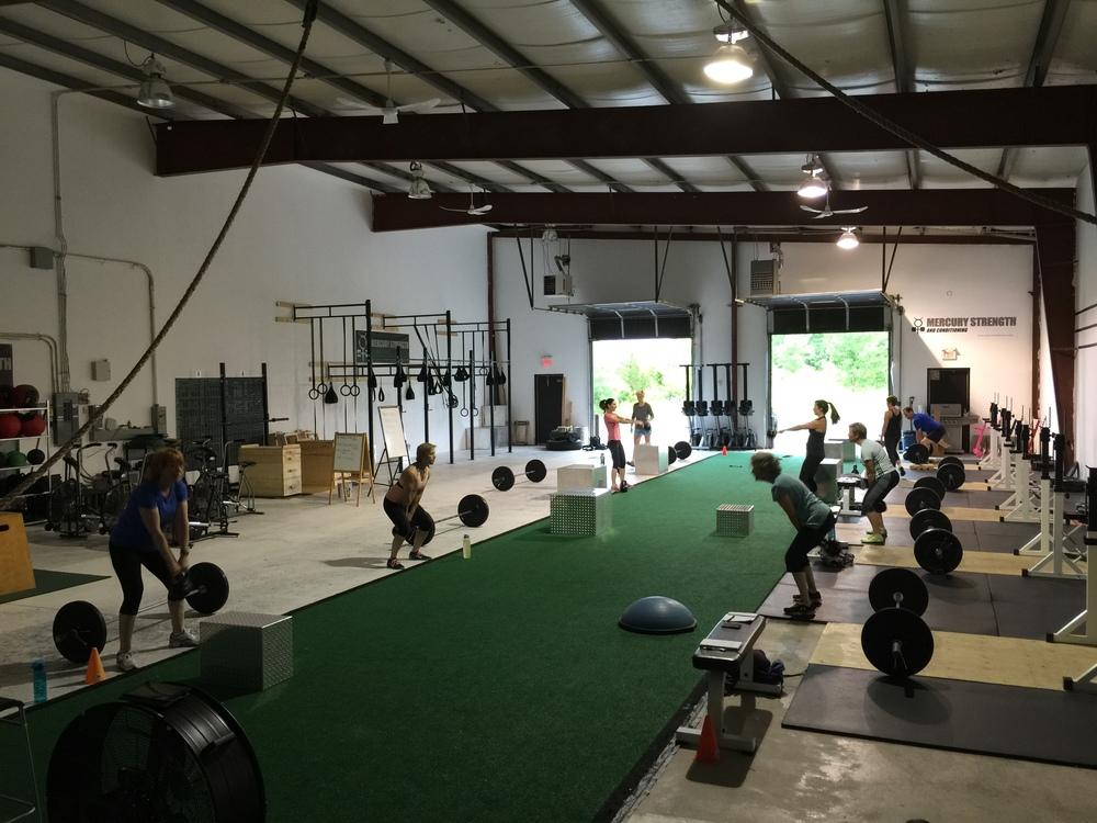 gym-fitness-training-kingston-deadlift-kettlebell