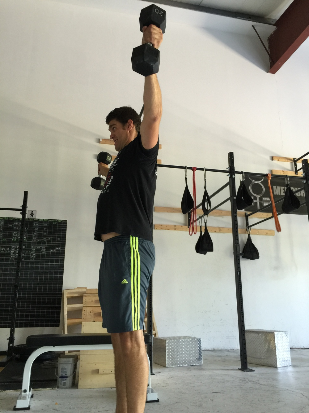 gym-fitness-training-kingston-jeff lateral hold