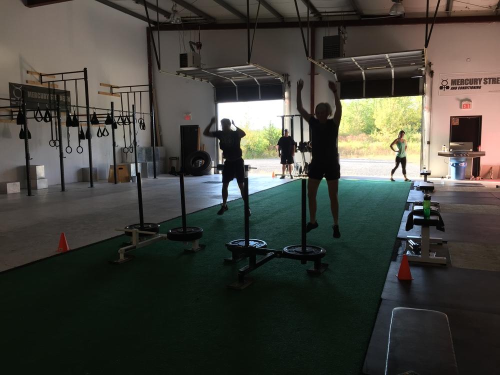 gym-fitness-training-bootcamp-kingston-Jenni-Nick-burpee