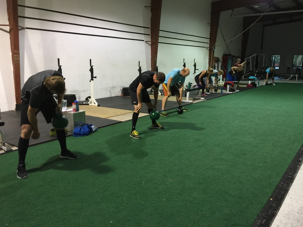 gym-fitness-training-bootcamp-kingston-kettlebell row