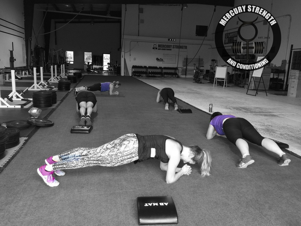 Some of the 09:30 gang holding some planks