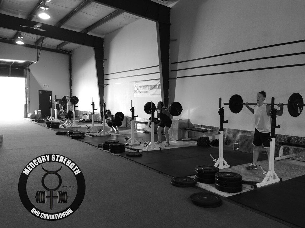 Gym-powerlifting-fitness-training-bootcamp-crossfit-kingston-kids-mercury-strength-conditioning-athlete-squat