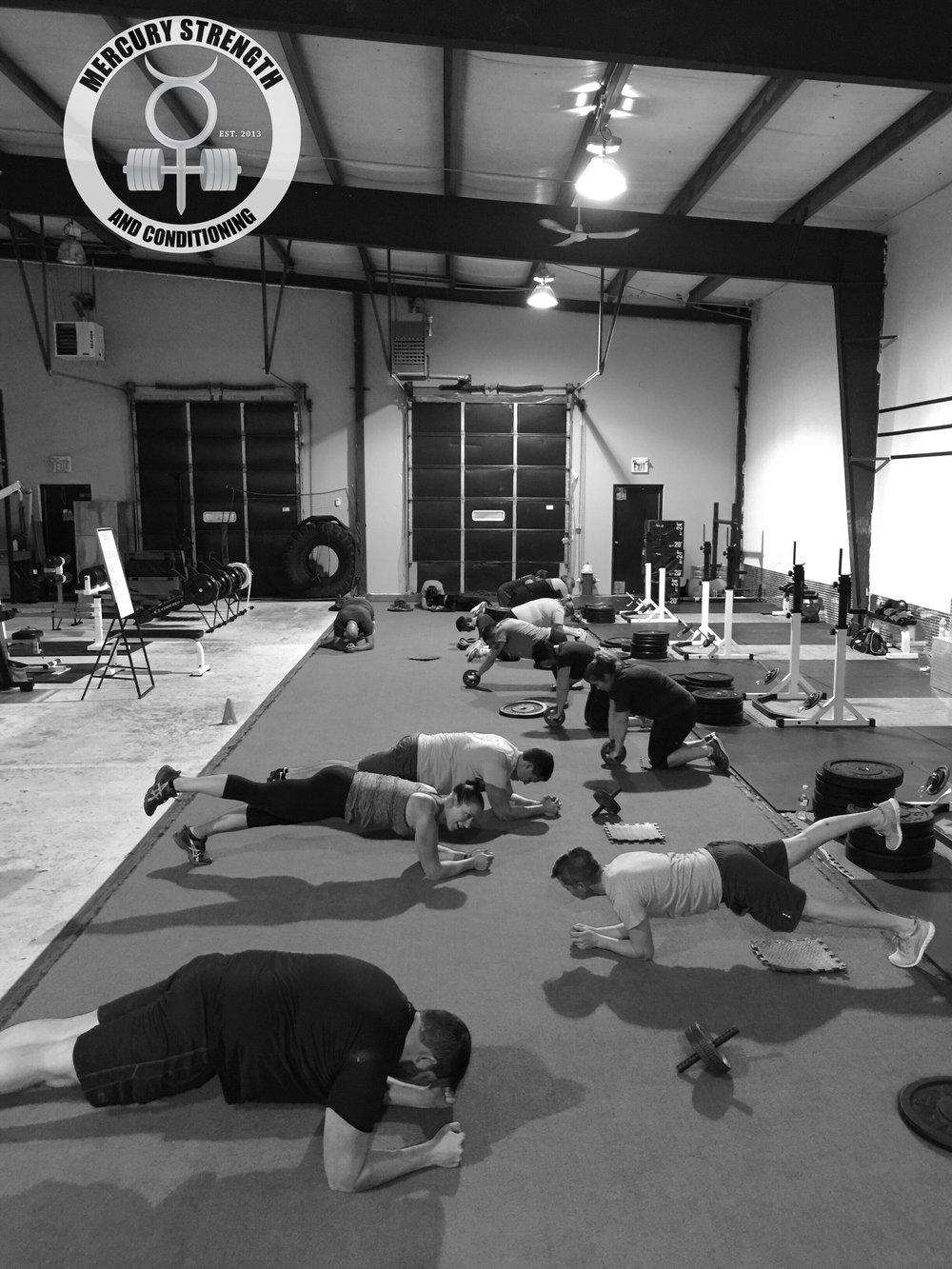 A packed 16:45 session getting some ab work in