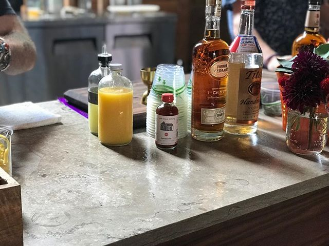 Fleuri bar top in action. Big thank you to @fayettevilleroots for featuring Phenix Marble this year! . . #fayroots #phenixmarble #minedintheozarks #fayettevillearkansas #napoleongray #graymarble