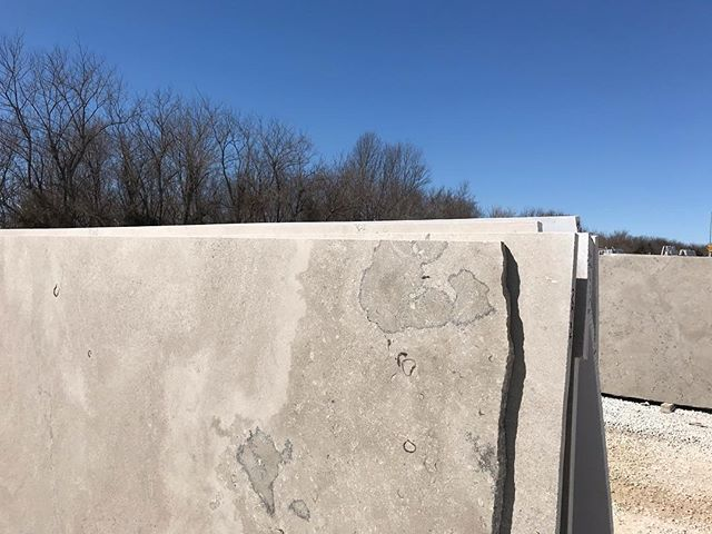 Glad to have the sun back out today after a week of wind and rain! . . . #phenixmarble #fleuri #usenaturalstone #minedintheozarks