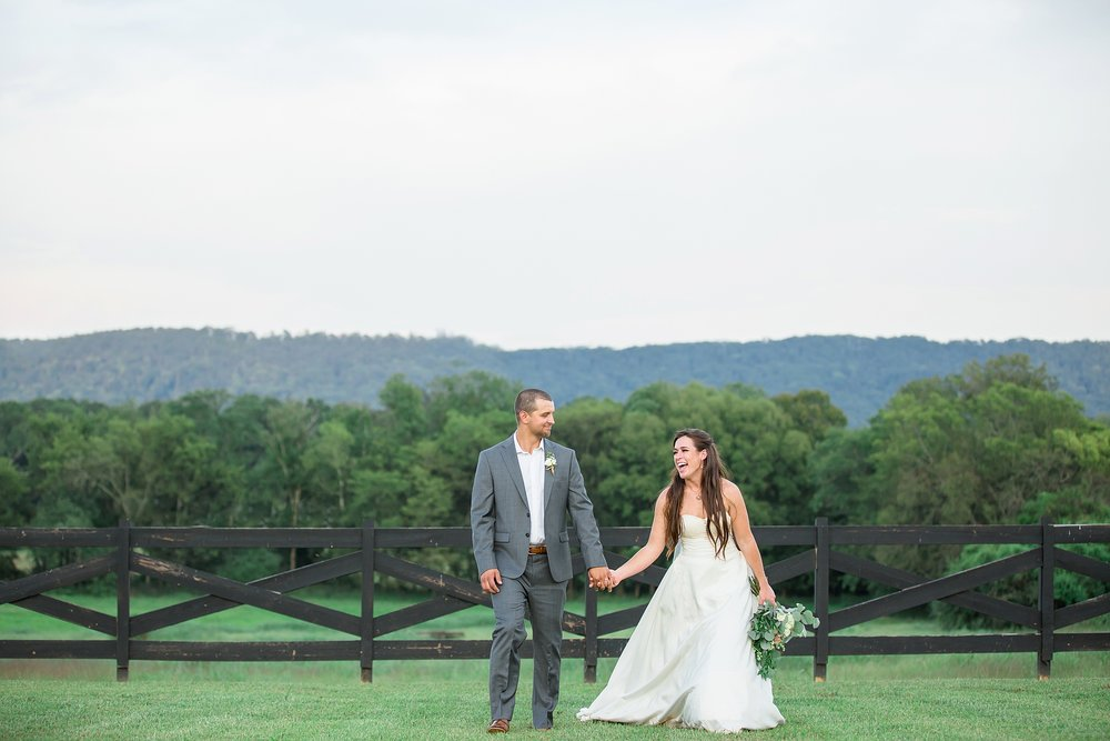 Tennessee Wedding Photographer-44.jpg