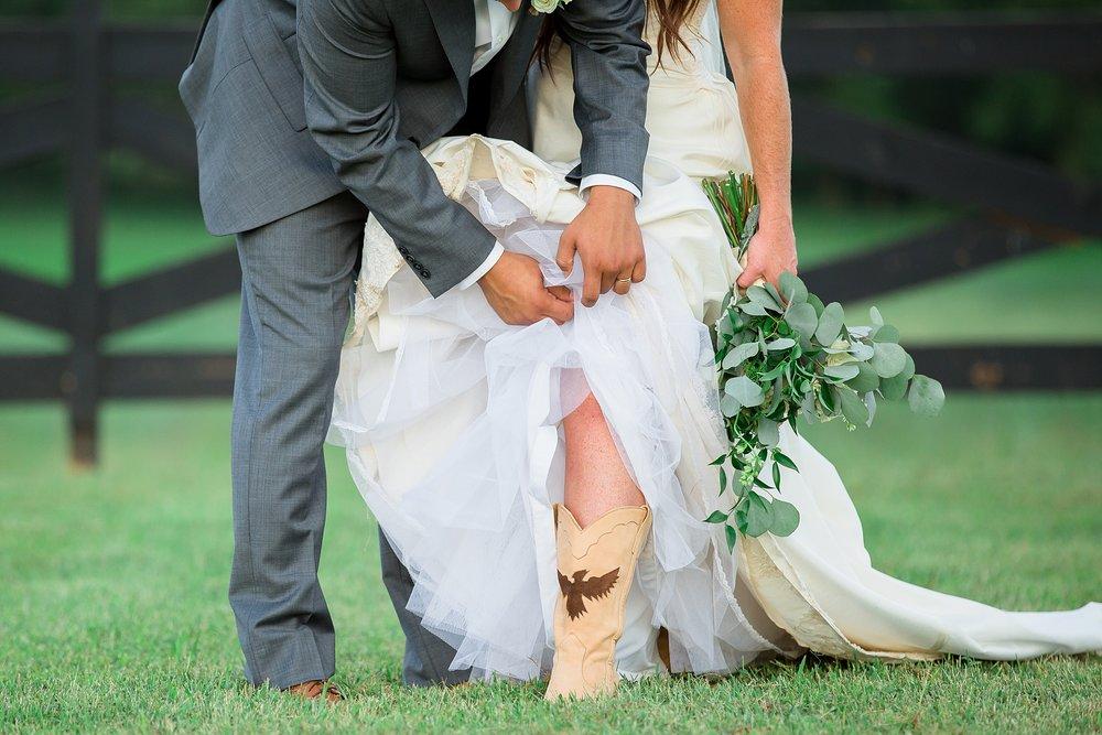 Tennessee Wedding Photographer-47.jpg