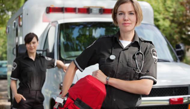paramedics-in-front-of-ambulance