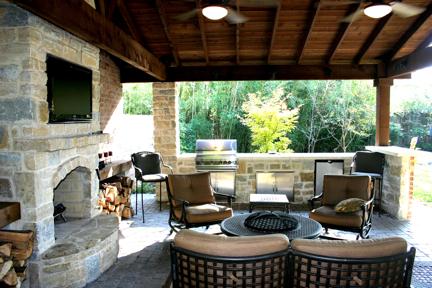 outdoor living1.jpg
