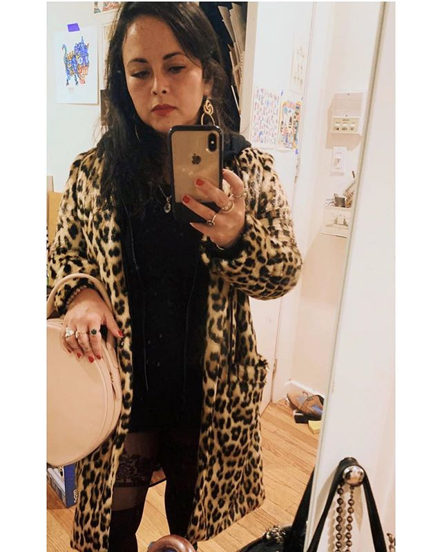 wild thing, you make my heart sing 🖤 🐆 🐆 🐆 🐆 🐆 🐆 🐆 🐆 #leopardprint #itsfaux