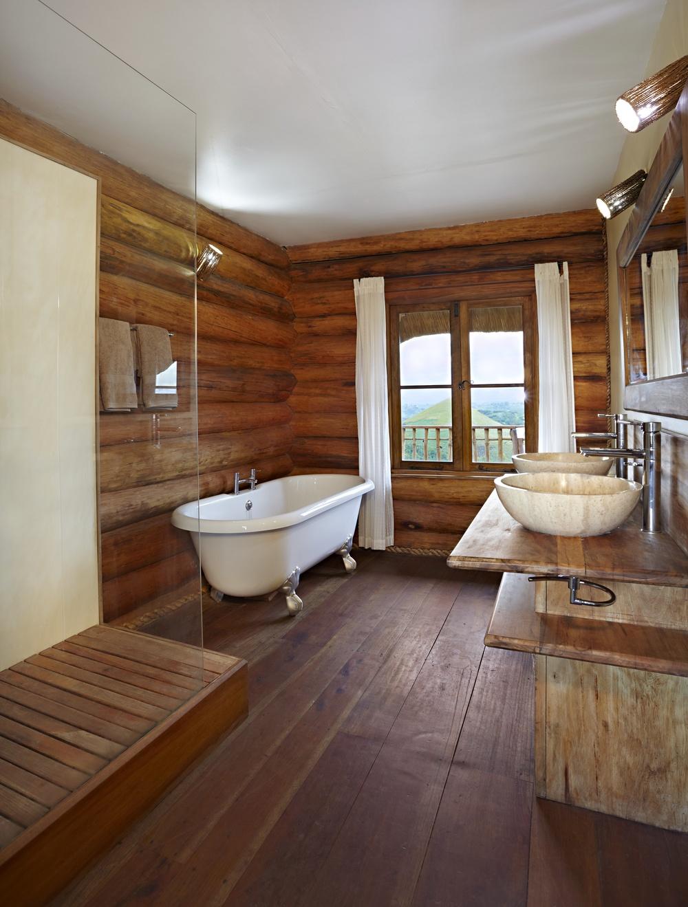 3 bathroom.jpg