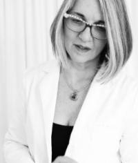 Linda Murphy, Skin Care Expert