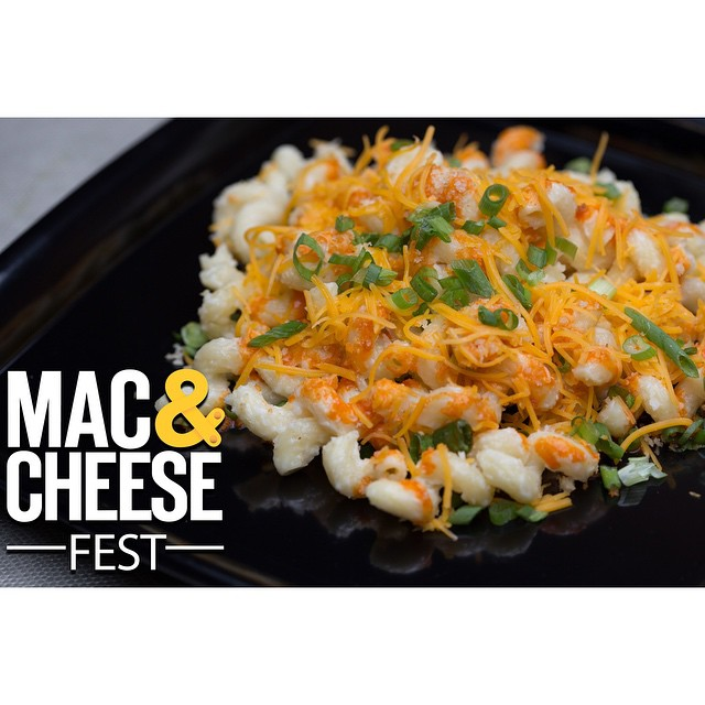 Mac & cheese for breakfast is ok, right? Well it is today. Happy Monday! #macancheese #macandcheesefest 🍲 by @statechicago 📷 by Shannon Braniff