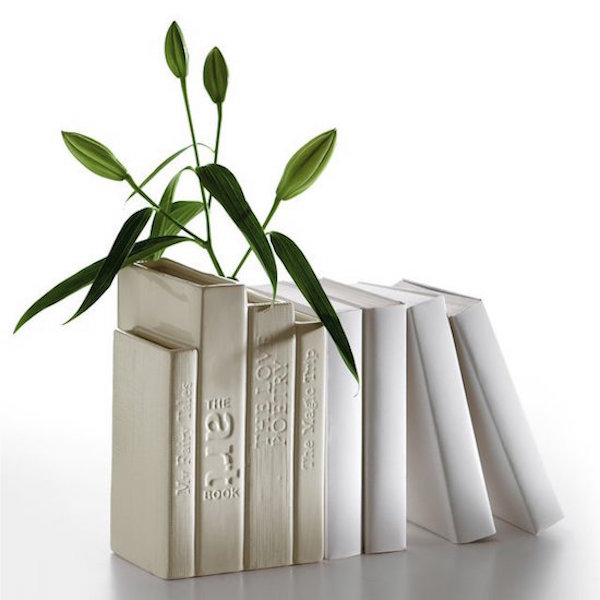 The classic Biblio_tek vase from Seletti