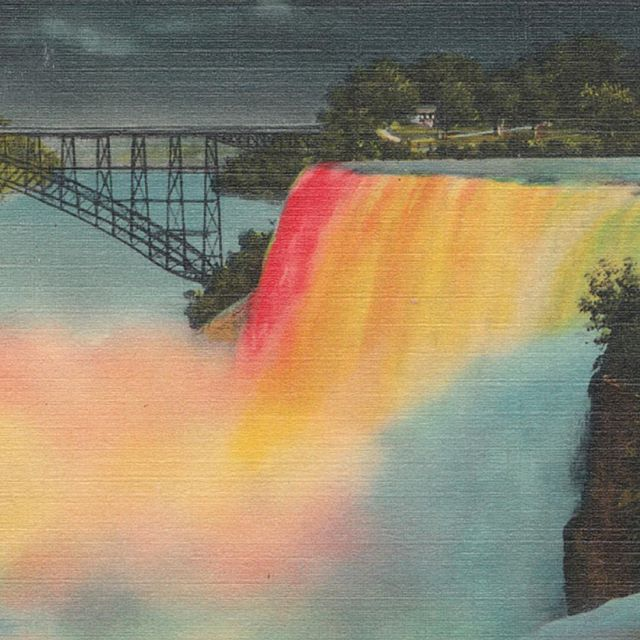 In honor of #pride, we've got the biggest #rainbow waterfalls - the more colorfully we all live, the larger life can be. Be bold. . . . #paravion #niagarafalls #ny #pride2016