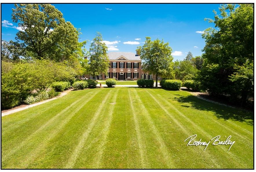040__5-3-17-Woodlawn-and-Frank-Lloyd-Wrights-Pope-Leighey-house-weddings-rodney-bailey-photography-Alexandria-Virginia.jpg