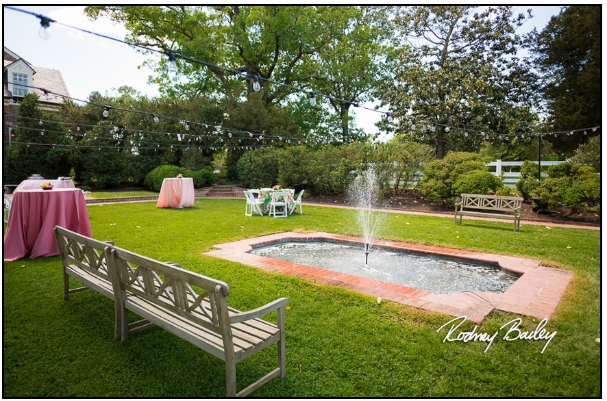 066__5-3-17-Woodlawn-and-Frank-Lloyd-Wrights-Pope-Leighey-house-weddings-rodney-bailey-photography-Alexandria-Virginia.jpg