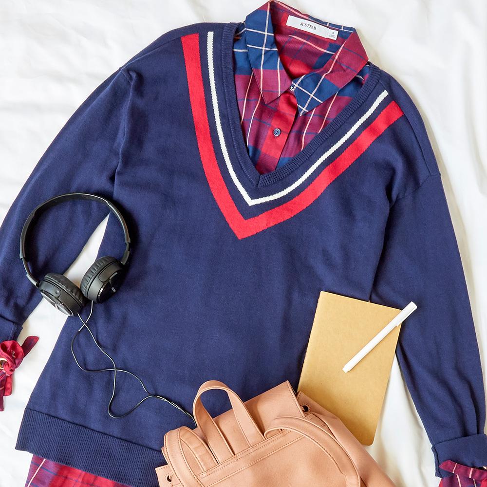 KateMiss_PS_Flatlays_YourBox-School.jpg