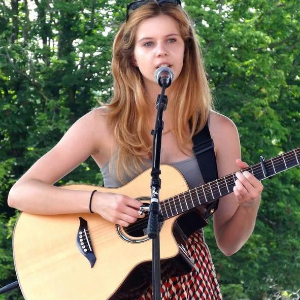 Zoe Wren (UK)