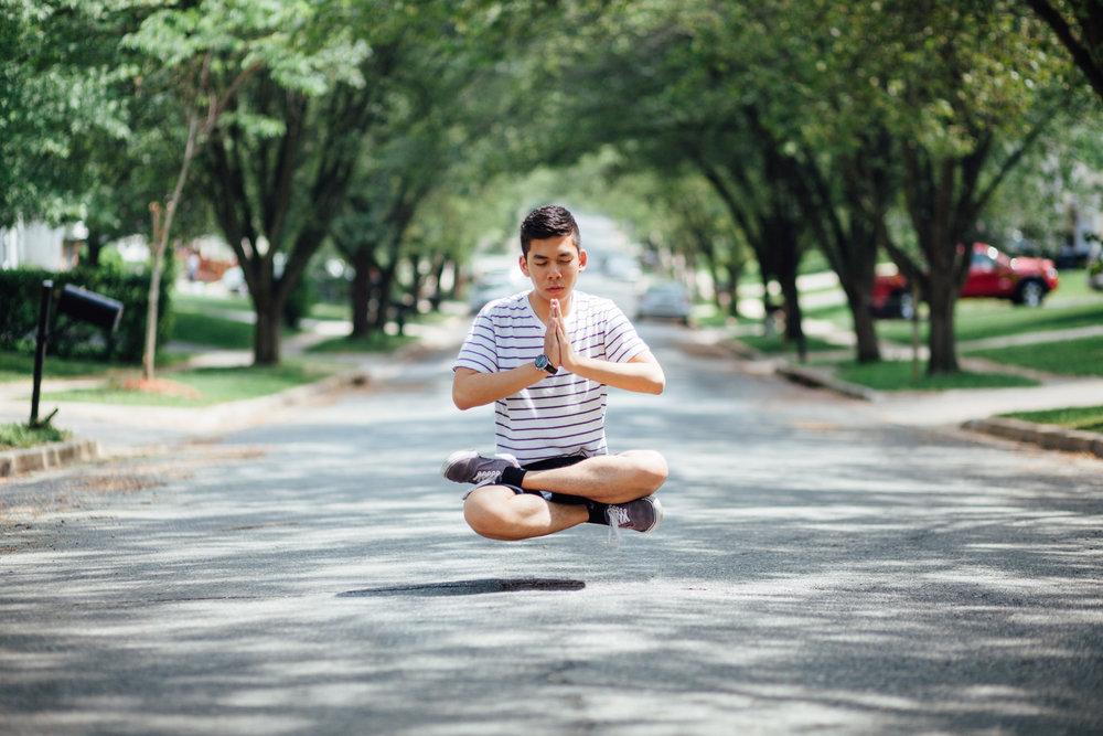 Levitation_Carliz.jpg