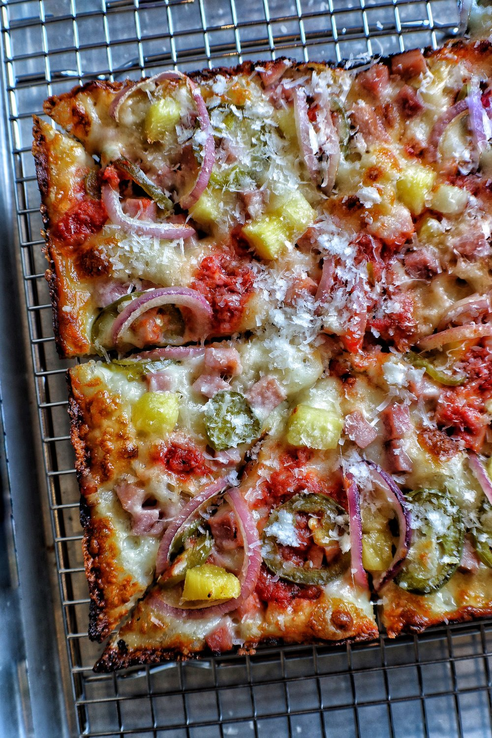 PAN PIZZA   Fleishers Smoked Ham, Pineapple, Jalapeno, Red Onion