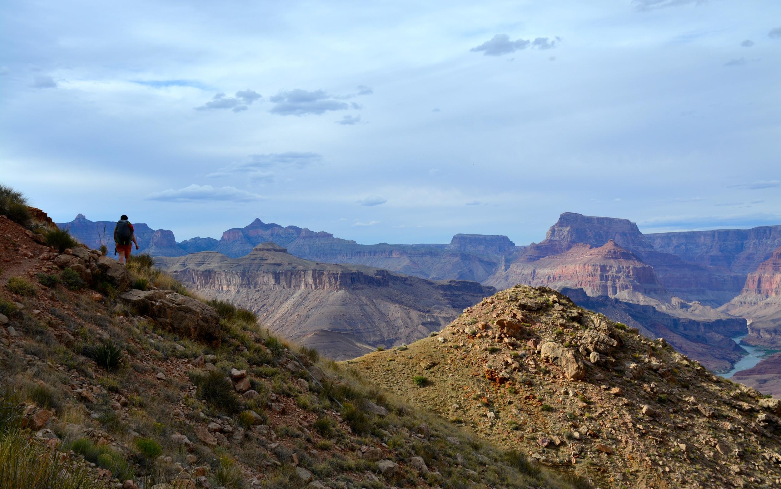 Descending the Tanner Trail