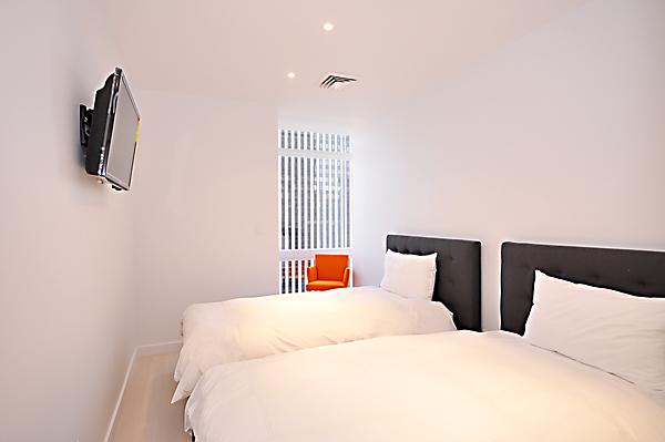 35E_bedroom.jpg