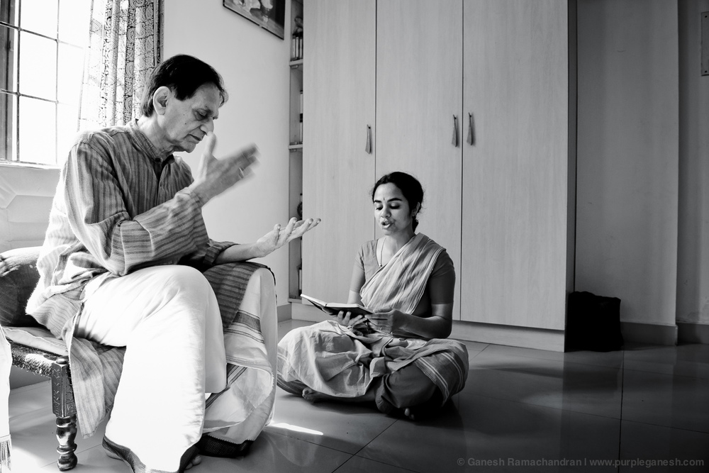 Lessons with Guru C.V.Chandrasekhar, Chennai 2011 | Photo: Ganesh Ramachandran