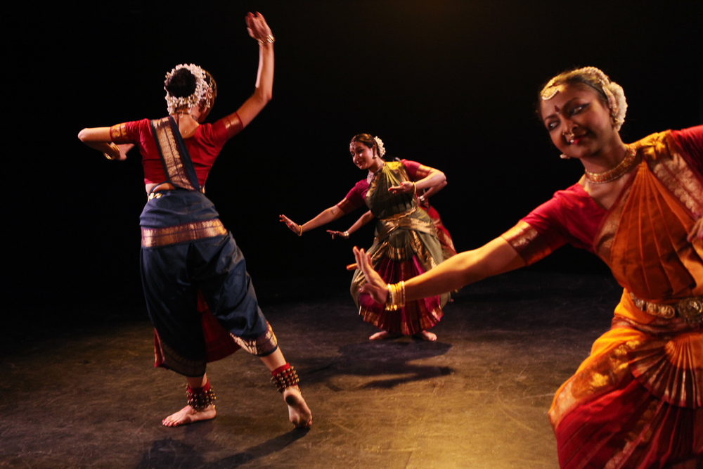 Tejas Luminous  with Tatyana Popova, Gayatri Mohan and Kadhambari Sridhar. Choreography by Malini Srinivasan | FringeNYC, 2014 | Photo: Julieta Cervantes