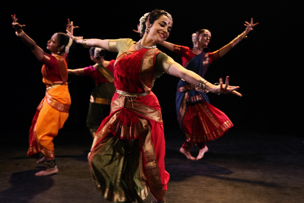 Tejas Luminous  with Malini Srinivasan, Kadhambari Sridhar, Gayatri Mohan and Tatyana Popova. Choreography by Malini Srinivasan | Fringe NYC. 2014 | Photo: Julieta Cervantes