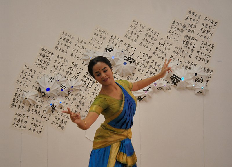 Music is an Element , collaboration with visual artist Yaya Chou | Broadway Gallery NYC, 2011 | Photo: Yaya Chou