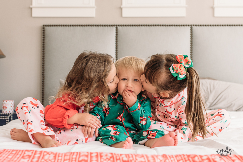Christmas Pajama Photos Emily Ingalls Photography Round Rock Photographer Pflugerville Austin Central Texas-9.jpg