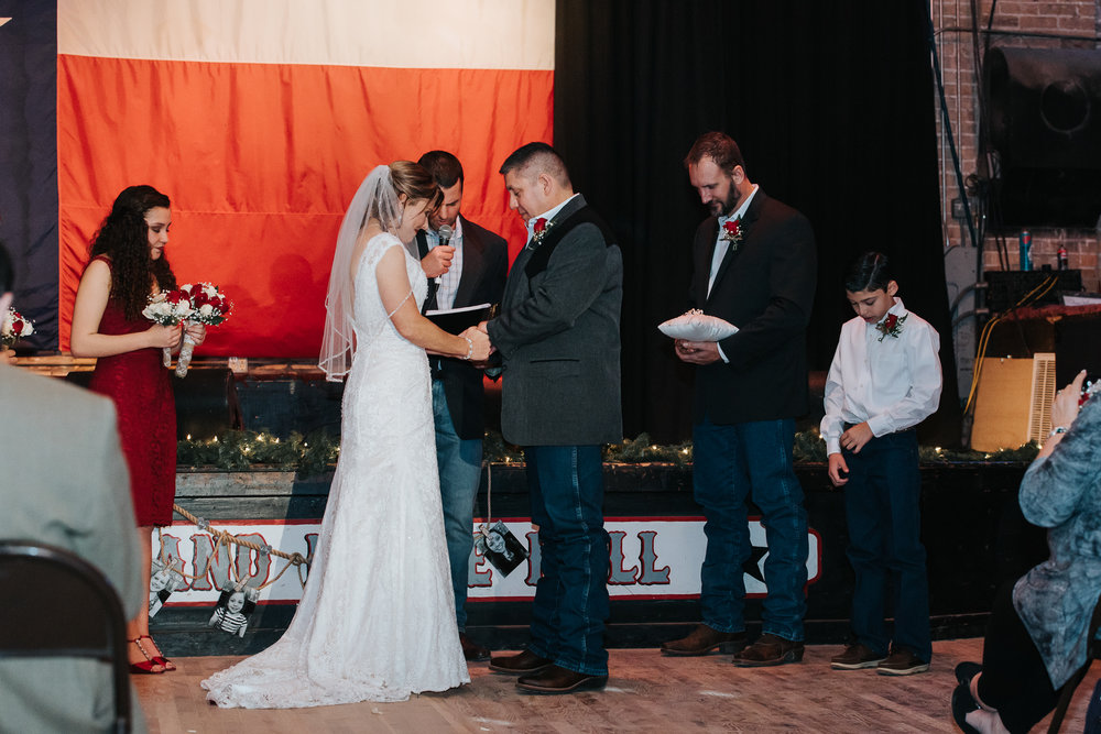 Wedding Photography_Round Rock Texas _Austin Texas_Pflugerville Texas_Coupland Dance Hall and Inn_Emily Ingalls Photography_Coupland Texas-2.jpg