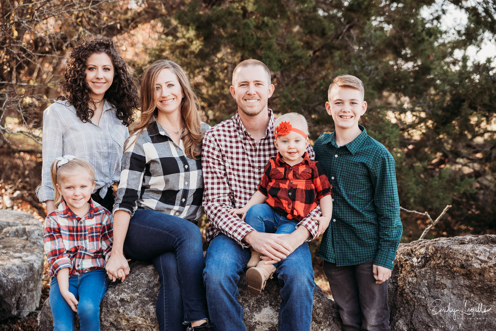 Family Photographer_Round Rock Photographer_Emily Ingalls Photography_Austin Photographer_Pflugerville Photographer_Georgetown Photographer.jpg