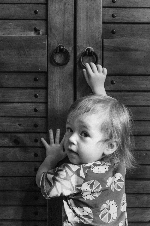MaikeArmstrong-Childhood-Amelia-Sneaky.jpg