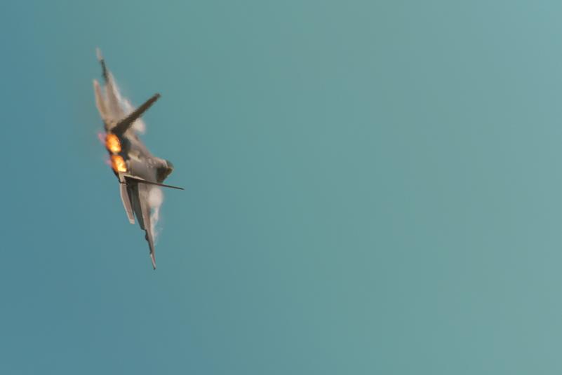 Lockheed Martin F-22 Raptor.jpg