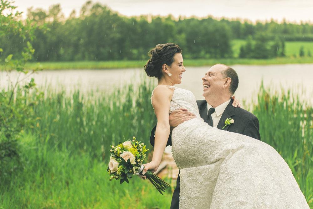 mariage-guy-et-roxanne_35978415703_o.jpg