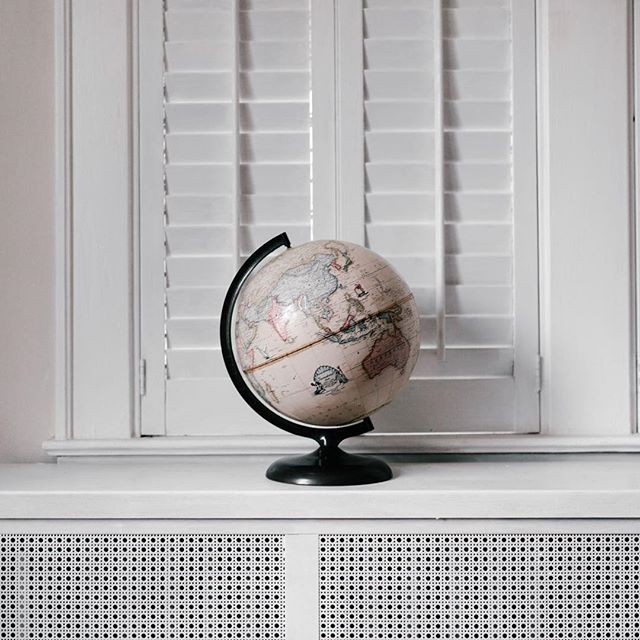 This cute #pink globe has us thinking about summer travel plans. #summerishere . ⠀ .⠀ .⠀ .⠀ .⠀ .⠀ #maps #homedecor #apartmentdecor #travel #summer #livingroom #bedroom #globe #gifts #interiordesign #pastel #pastelcolor #pastelhomedecor #affortabledecor #pinkwalls #homedecorideas #apartmentideas